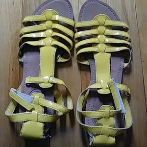 💛cute yellow womens shoes💛😉